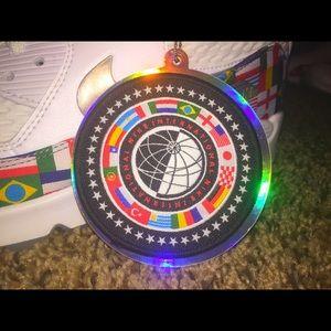Nike Shoes - NIKE FLAG PACK AIR MAX 90